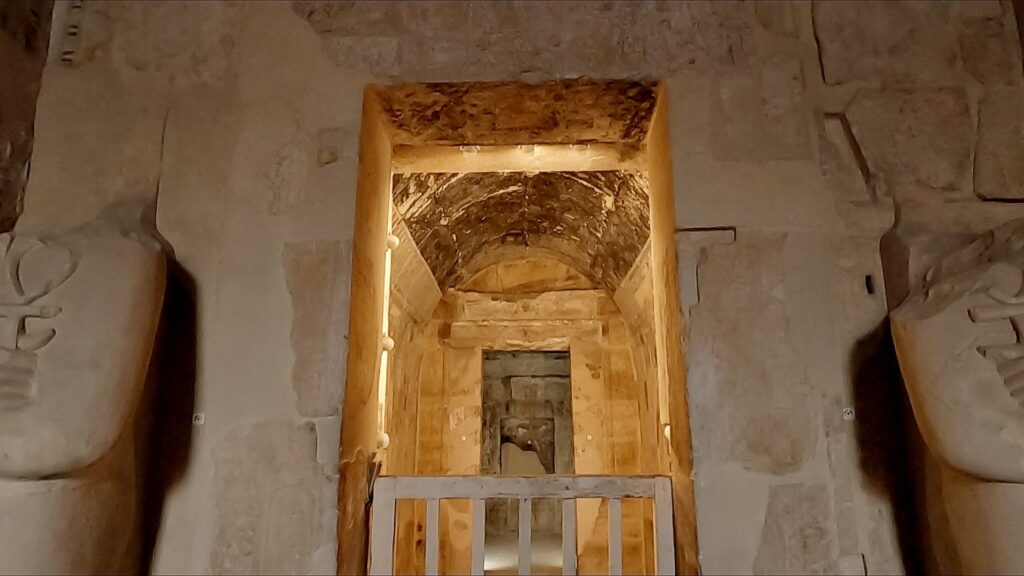 ägypten-luxor-hatschesput-tempel-9