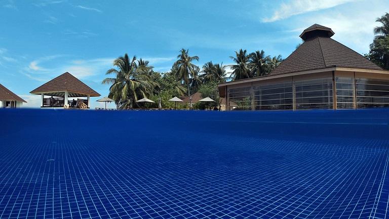 ellaidhoo-pool-bar
