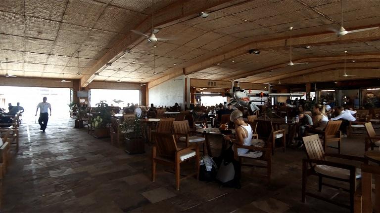 malediven-wasserflughafen-terminal