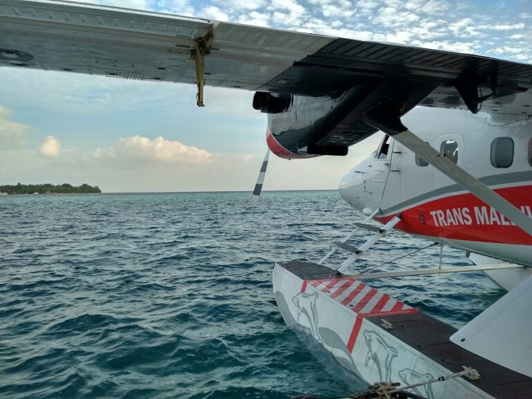 malediven-wasserflugzeug