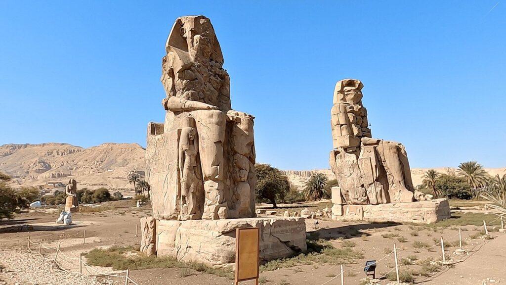 ägypten-luxor-memnonkolosse